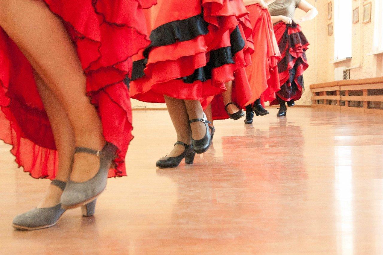 Открытые уроки школы фламенко Кармен