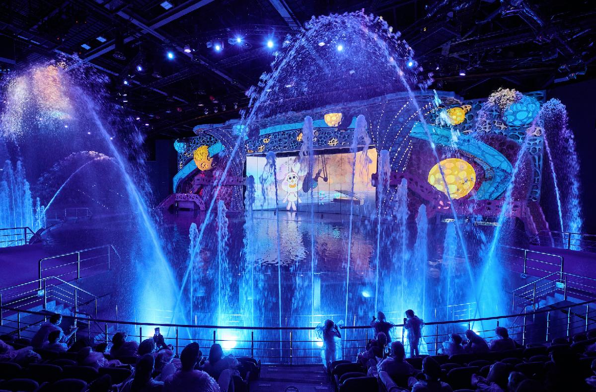 Мультипликационное «Шоу Воды» сучастием морских животных вМосквариуме