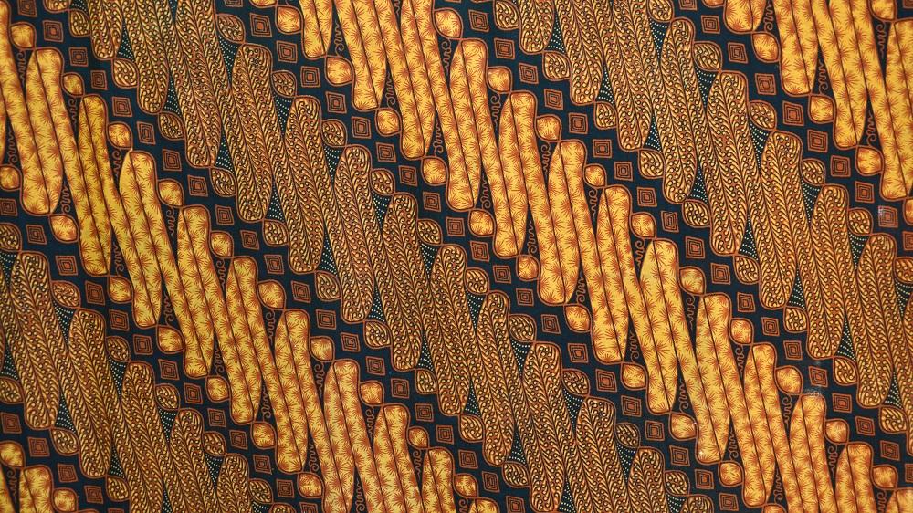 Выставка «Очарование индонезийского батика»