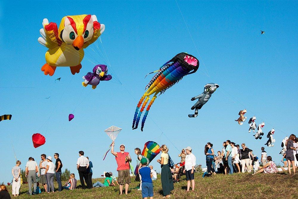 XVФестиваль воздушных змеев «Пестрое небо»