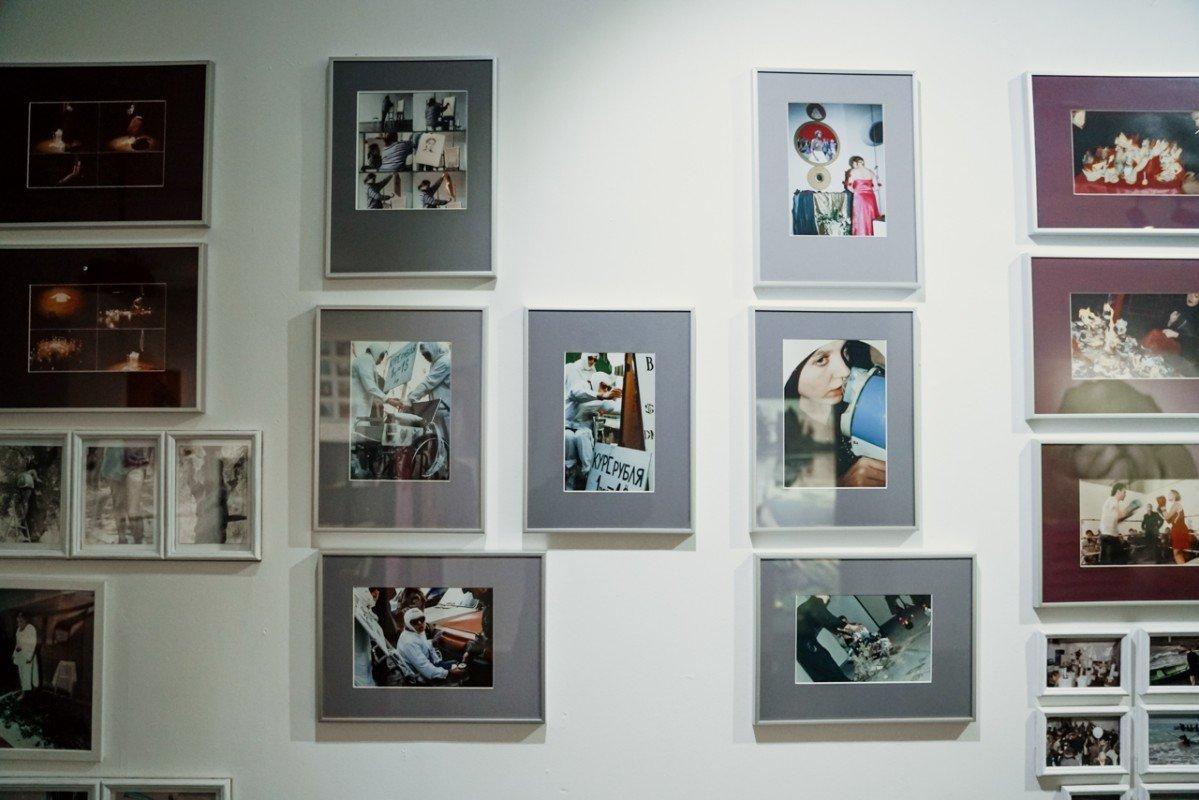 Выставка «Лен, араньше тылучше рисовала!»