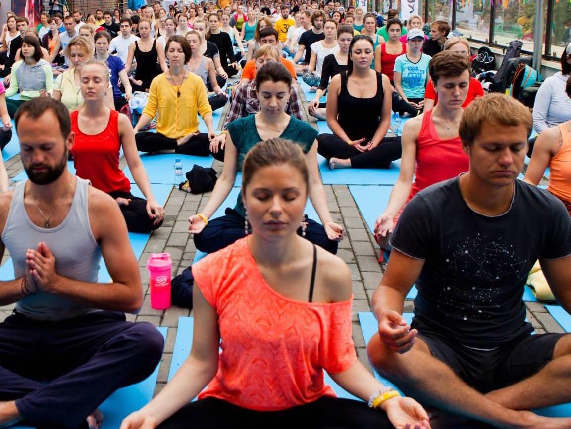 Международный день йоги 2016