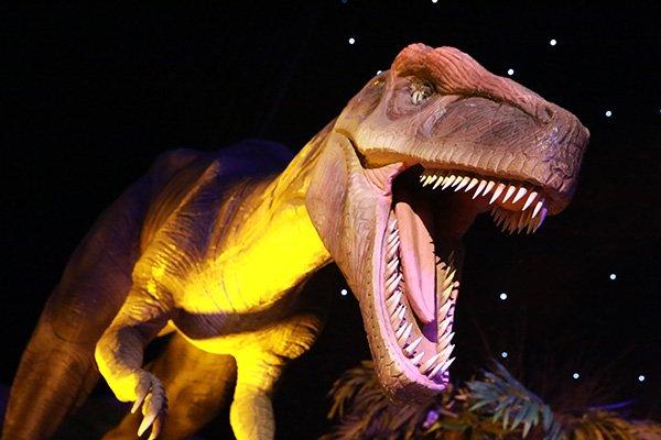 «Город динозавров» наВДНХ