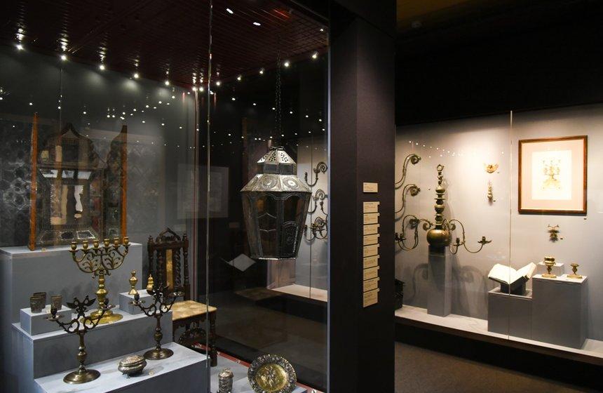 Выставка «Свет воконце. Осветительные приборы врусском средневековом быту»