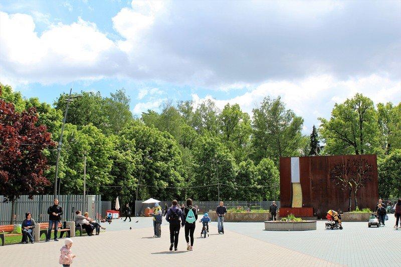 «Праздник цветов» вЛианозовском парке 2017