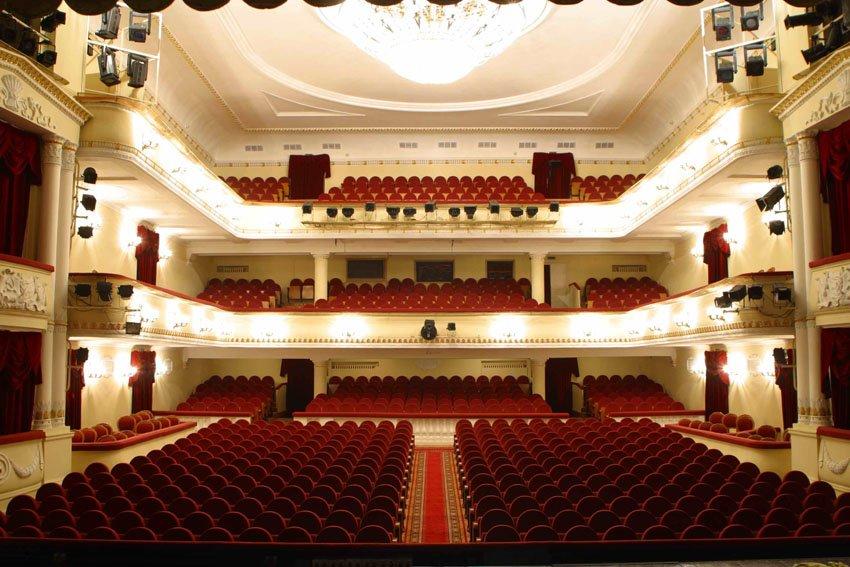 Москва театр им пушкина официальный сайт москва афиша конкурсы билеты спектакли