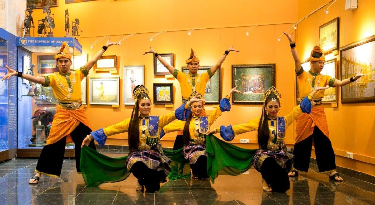 Дни Малайзии вДарвиновском музее 2017