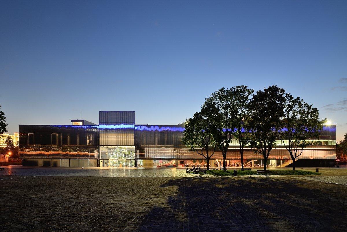 Гараж музей современного искусства москва фото жилых
