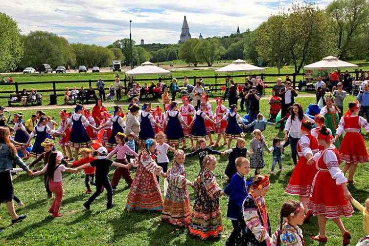 Фольклорный фестиваль «Коломенский хоровод» 2017