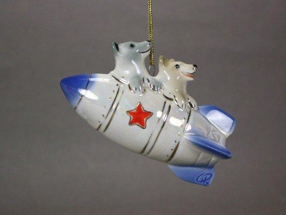 Выставка «Фарфоровый космос»