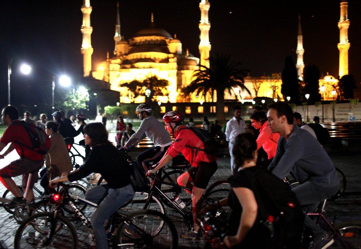 Выставка «Велоночь вМузее– 12 городов Земли!»