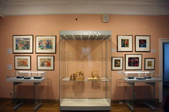 Выставка «Где живет сказка»