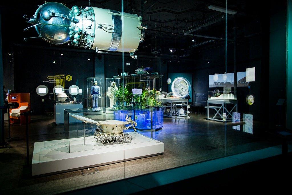 День космонавтики вПолитехе наВДНХ 2016
