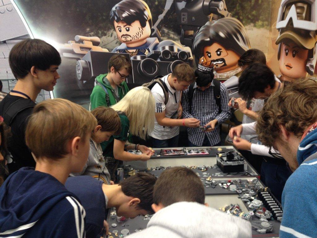 Семейный праздник «LEGO Star Wars» наВДНХ 2017