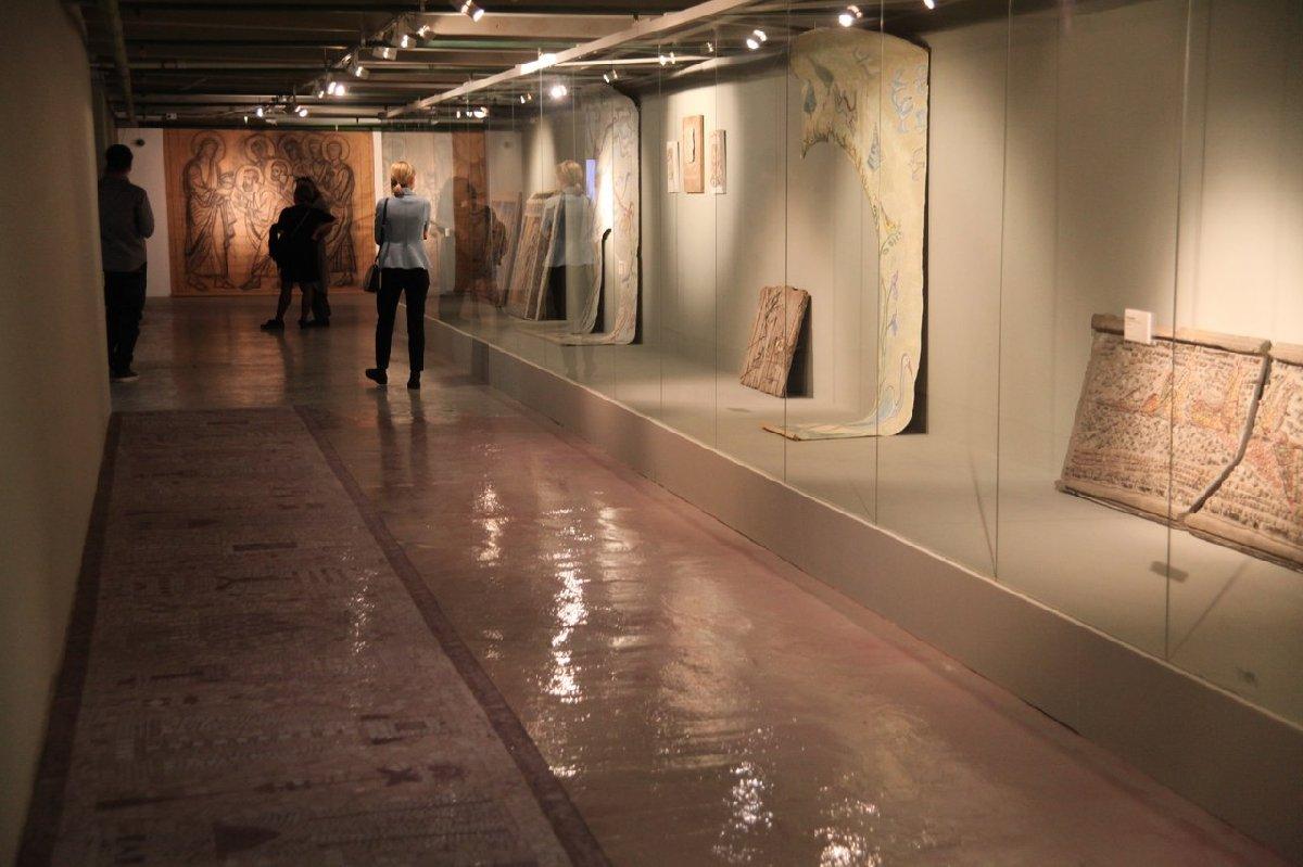 Выставка «Современные мозаики Москвы»
