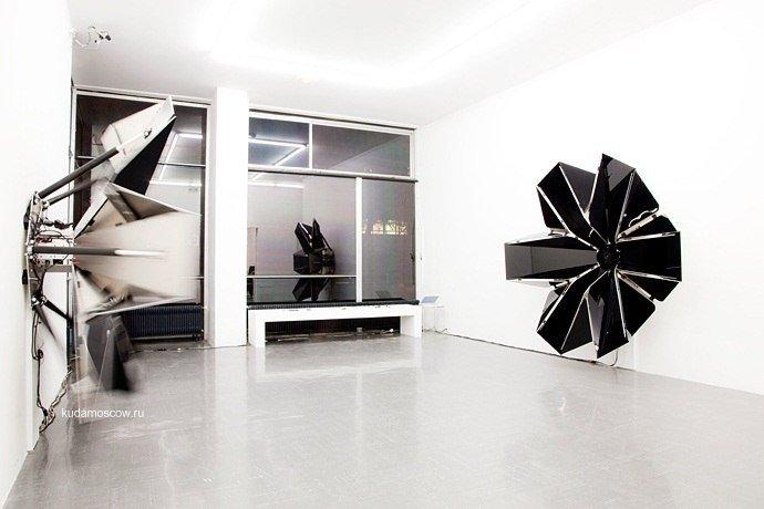 Выставка «Lexus Hybrid Art»