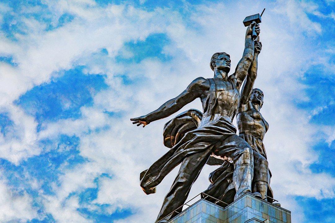 Выставка «Главные герои. Избранные произведения изколлекции Самарского художественного музея»