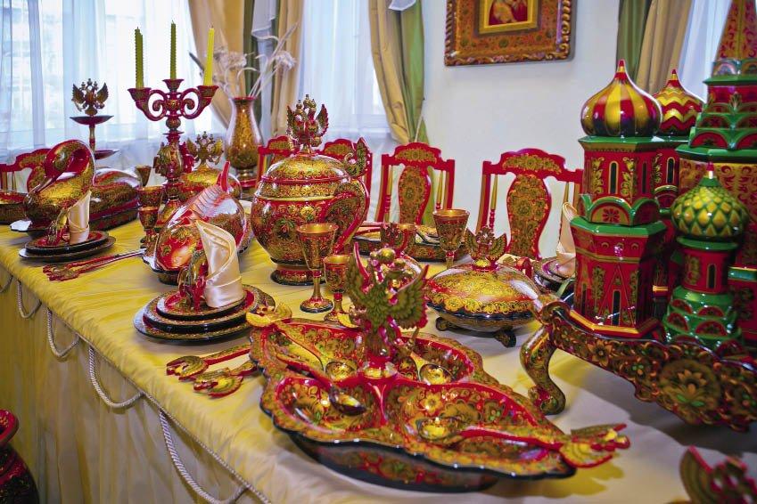 Выставка «Деревянное золото Хохломы»