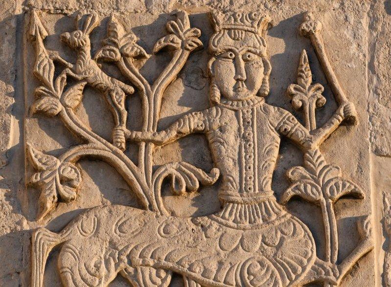 Выставка «Животные врезьбе белокаменных храмов Древней Руси»