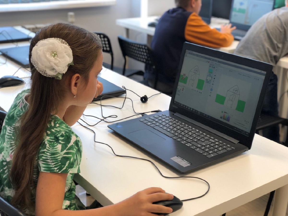 Новый набор вонлайн-школу программирования для детей «Пиксель»