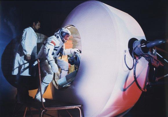 Выставка «Александр Моклецов. Космонавтика влицах исобытиях»