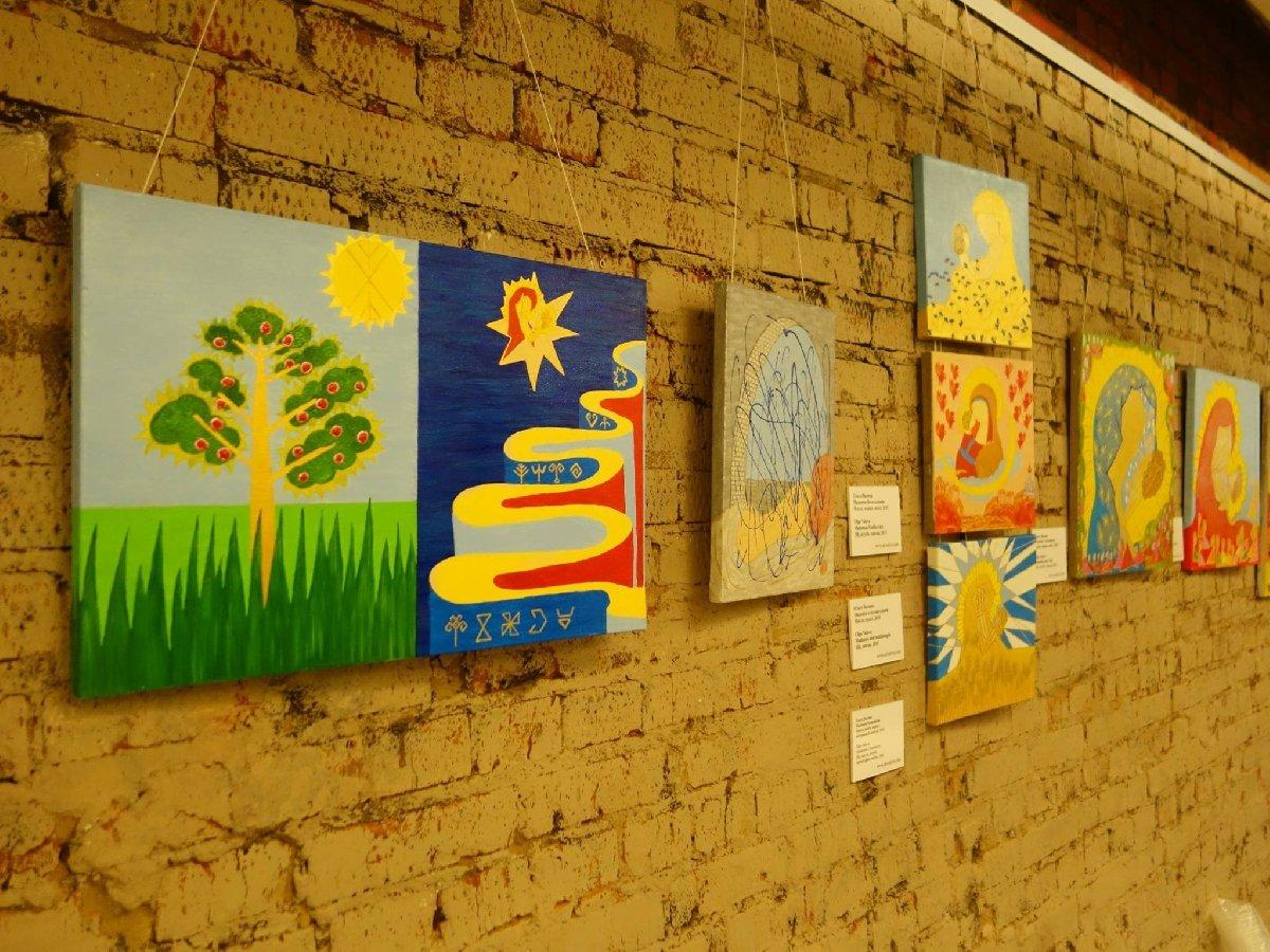 Выставка «Веселых шестеро»