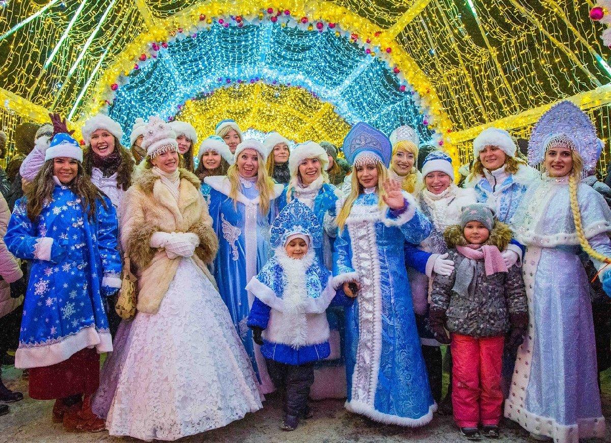 Парад Снегурочек 2017