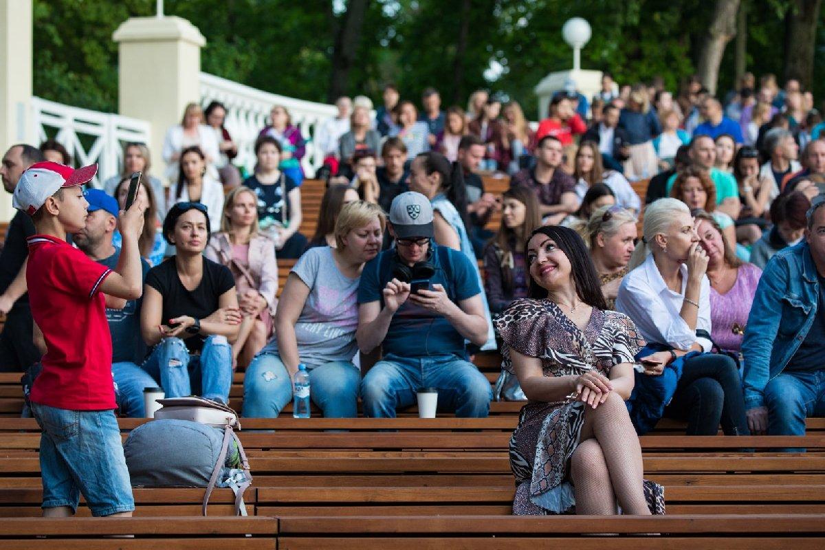 Сезон концертов вЗеленом театре ВДНХ 2020