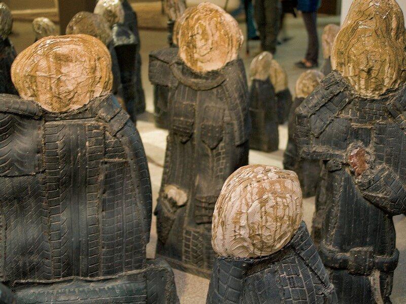 Выставка «Дар Марата. Современное искусство изколлекции Гельмана»