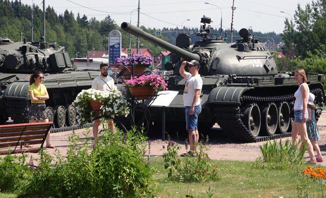 День танкистов вмузейном комплексе «История танка Т-34» 2016