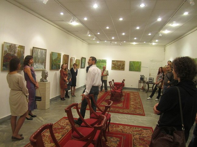 Выставка романов