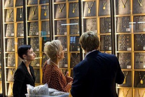 XVI-я ювелирная выставка «Лучшие украшения России»