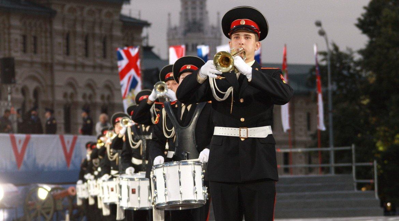 Фестиваль «Спасская башня» впарках Москвы 2016