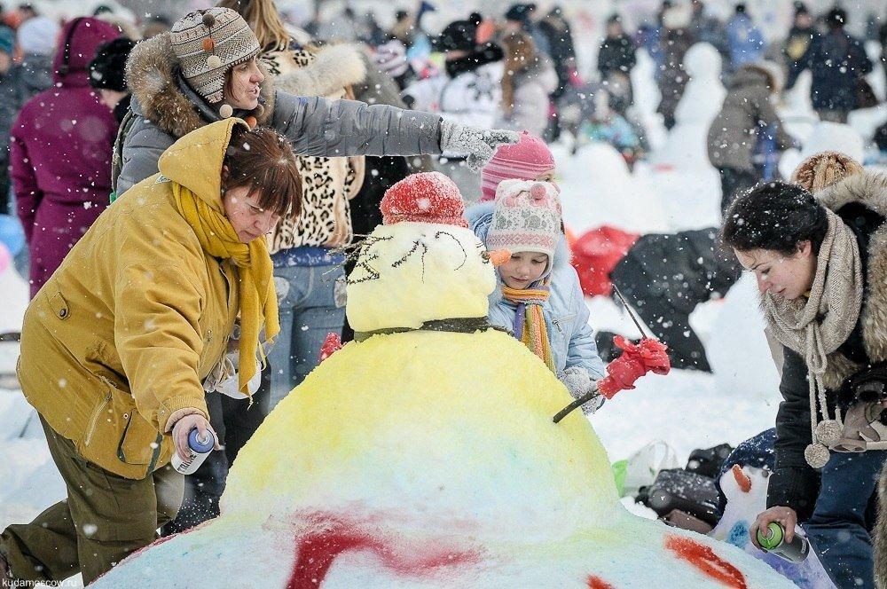 Арт-битва снеговиков 2016