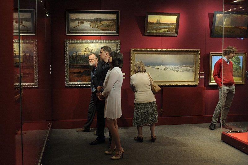 Выставка «Традиция русского мира»