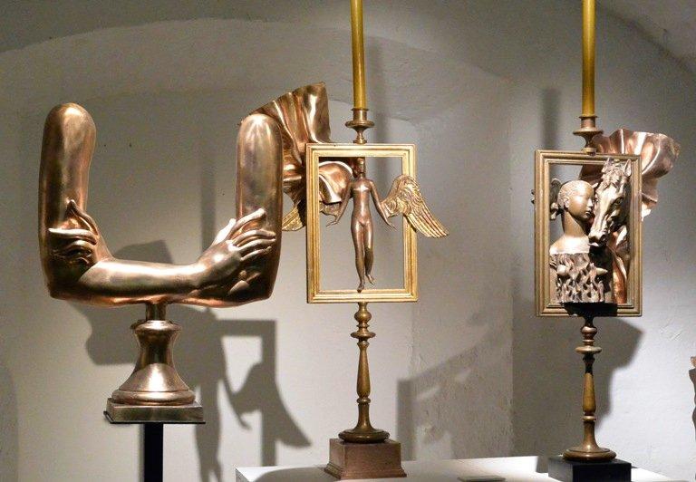 Выставка «Магический реализм Александра Бурганова»