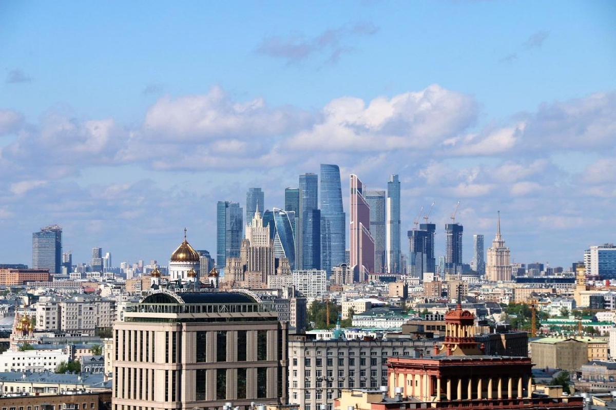 Экскурсия покрышам Москвы «А изнашего окна Площадь Красная видна»