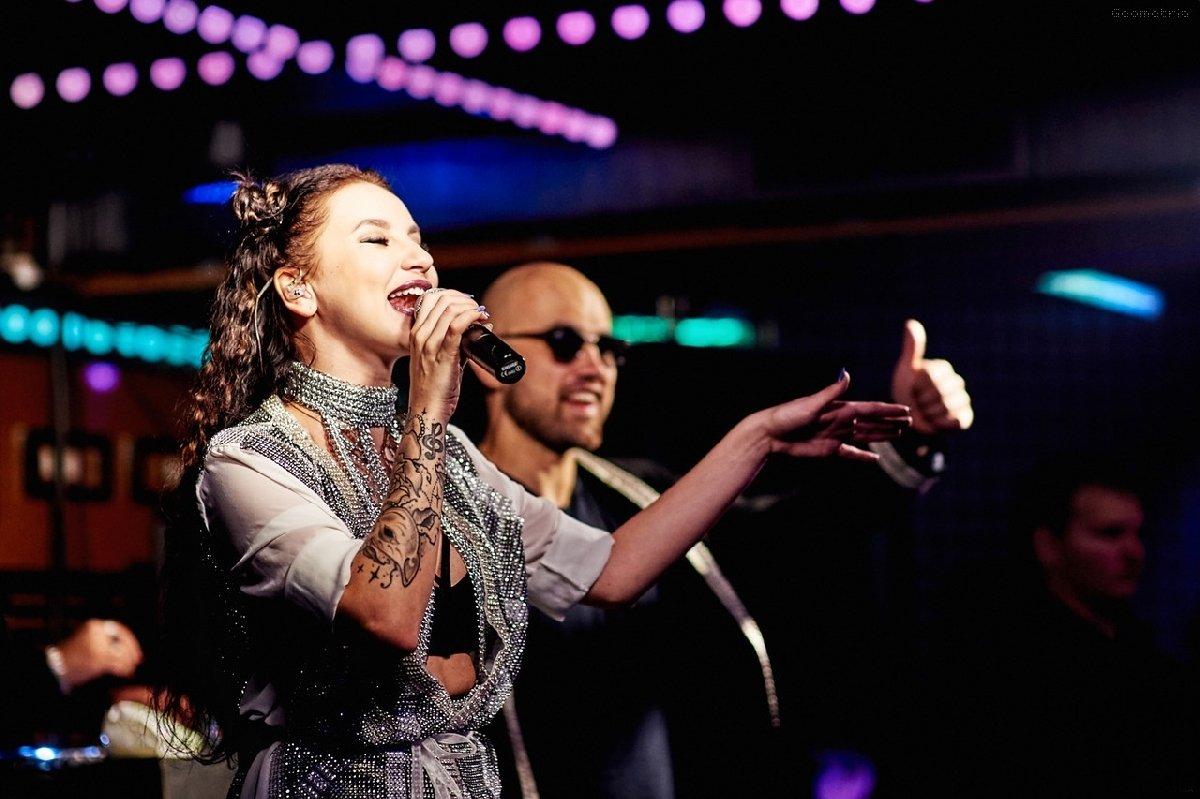 Концерт звездного дуэта Artik & Asti в Киеве