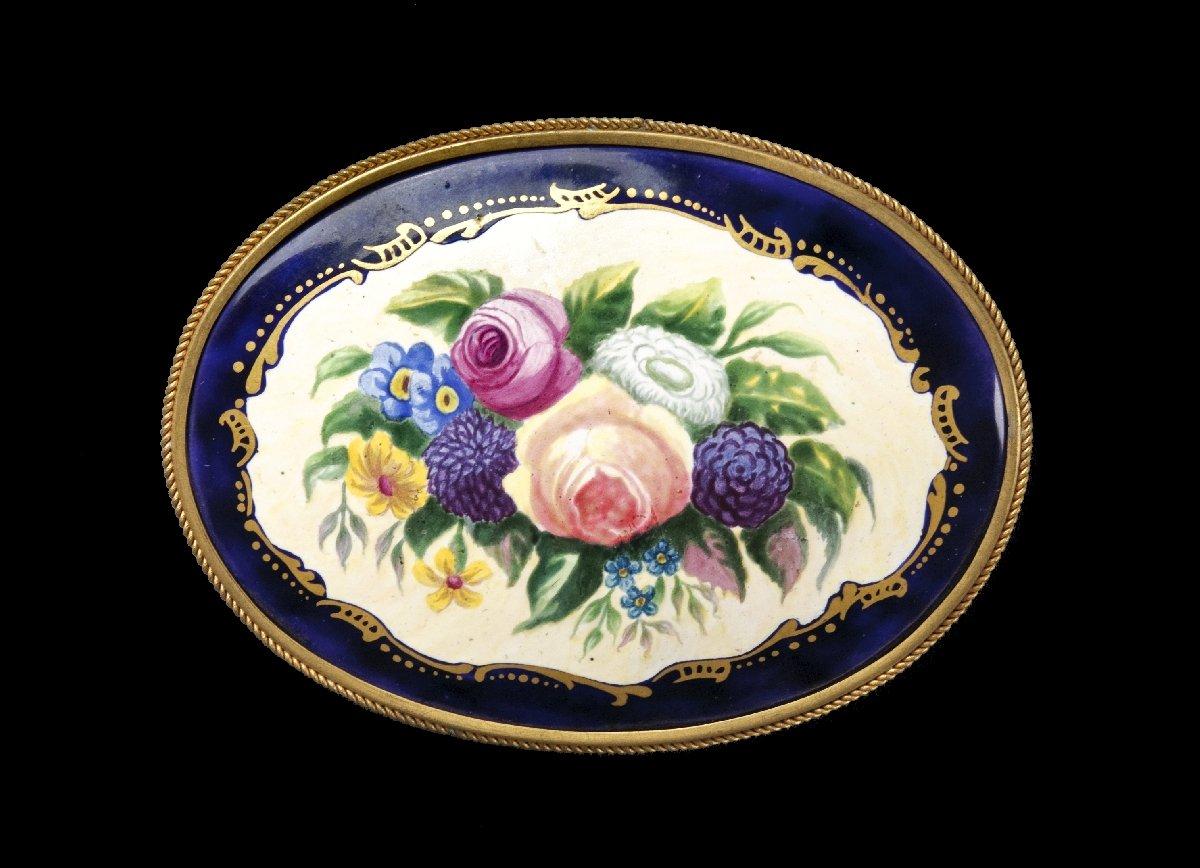 Выставка «Брошь ХХвека. Мир русской ювелирной миниатюры»