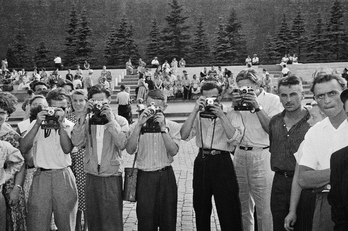 Выставка «Москва 1957 вфотографиях Леонара Джанадды. Взгляд молодого швейцарца»