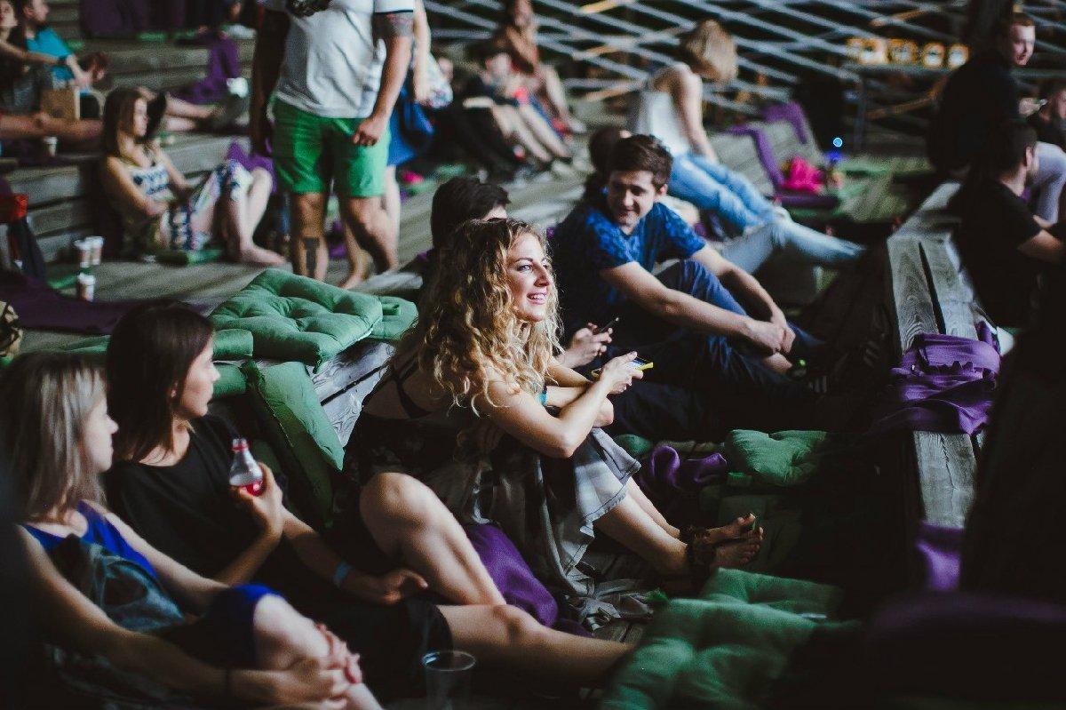 Акция «Ночь кино» впарках Москвы 2019