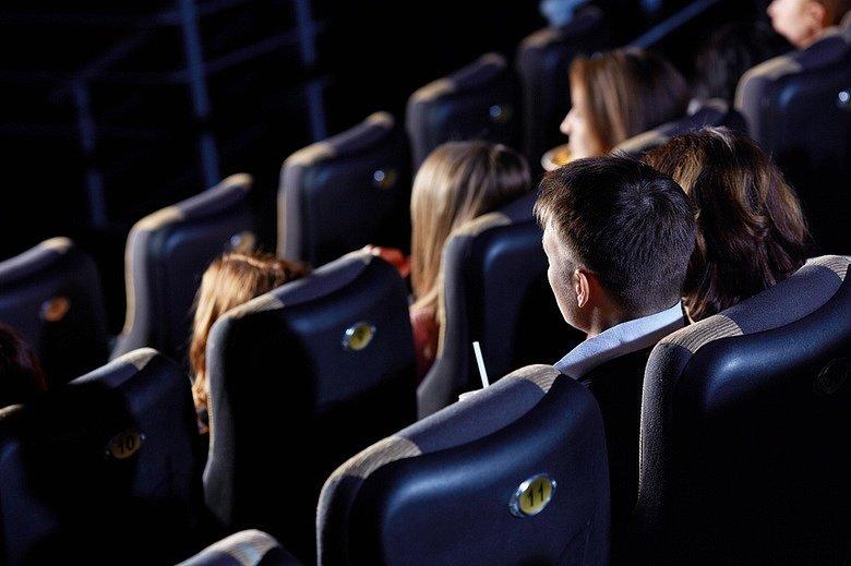 Бесплатные кинопоказы коДню семьи, любви иверности 2017