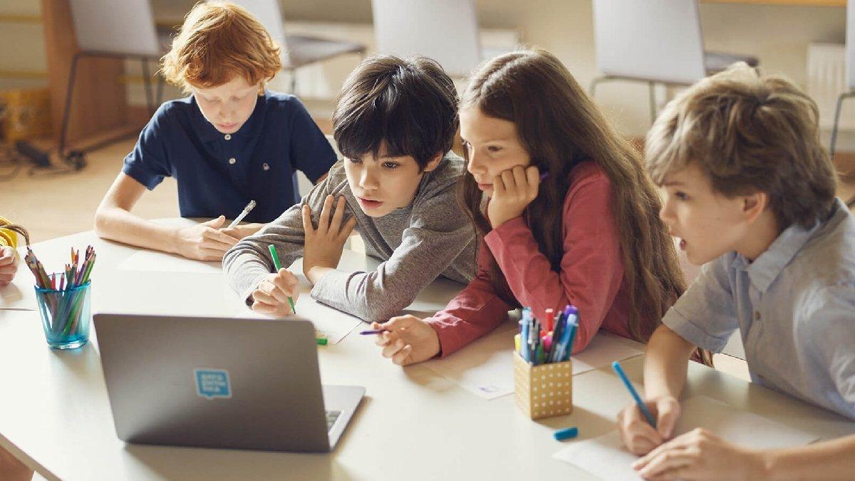 Бесплатный мастер-класс попрограммированию для детей 7–17 лет