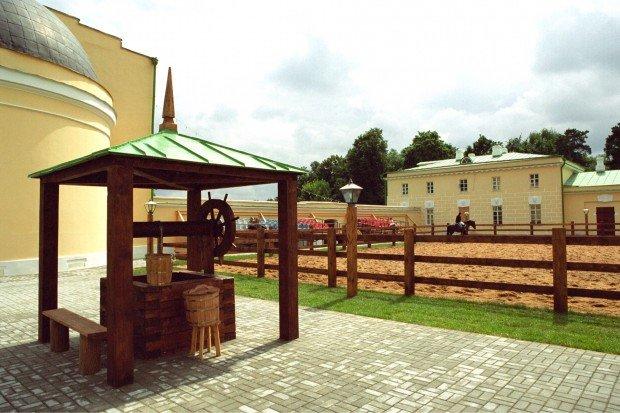 Выставка «Деревня иусадьба»