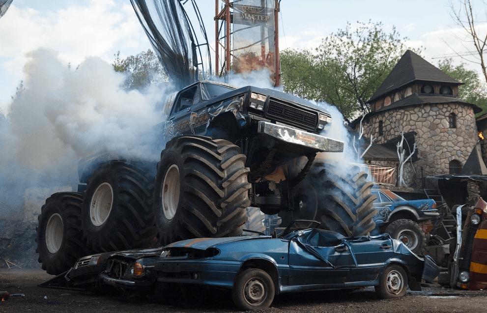 Шоу каскадеров «Русский Форсаж» 2017
