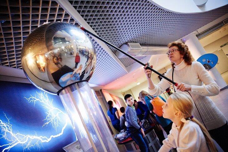 Международная неделя космоса вМосковском Планетарии 2020