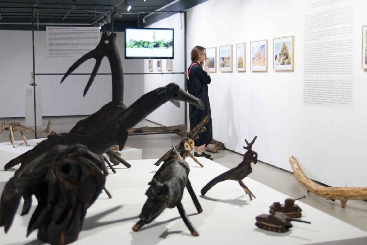 Выставка «Труд будущего– искусство вНикола-Ленивце»