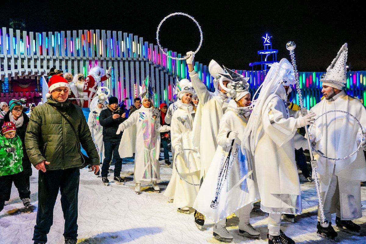 Рождественский бал накатке ВДНХ 2017