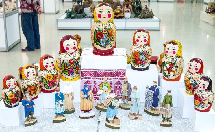 Выставка народных художественных промыслов «Живой источник»