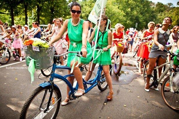 Велопарад «Леди навелосипеде» 2015